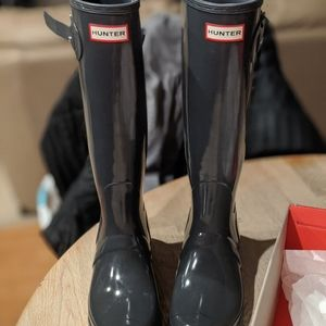 Hunter tall gloss rainboots